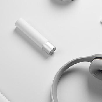 小米随身手电筒家用小巧便携可充电带移动电源