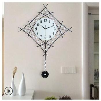 一红 时尚夜光装饰挂表时钟表挂钟客厅创意现代简约静音个性石英钟