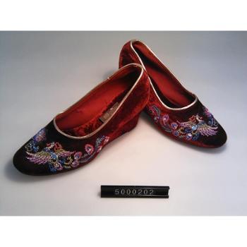珠绣布鞋50001