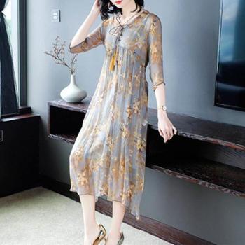 2019春夏新款碎花桑蚕丝长裙系带两件套系带流苏真丝连衣裙