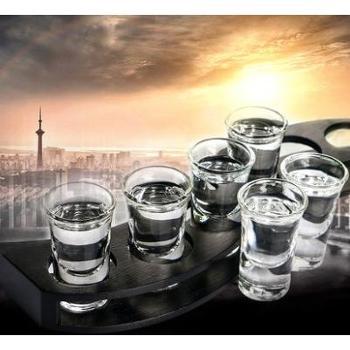套装6个白酒杯透明玻璃杯套装一口小号高脚杯白酒杯茅台杯烈酒杯云吞杯酒盅6个