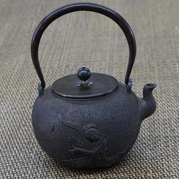 示象堂铁壶-竖琴(侍女)侍女抚琴手工铁壶生铁铸造烧水