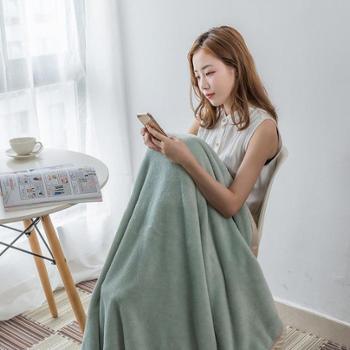 新品纯色法兰绒毛毯 加厚包边办公室午睡毯