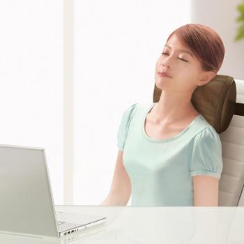 傲胜(OSIM)OS-288暖摩乐肩颈按摩枕颈椎腰部按摩器3D肩颈按摩