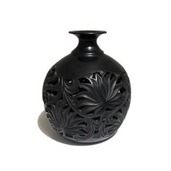 勃陶浅刻天球瓶高度22cm直径18cm黑